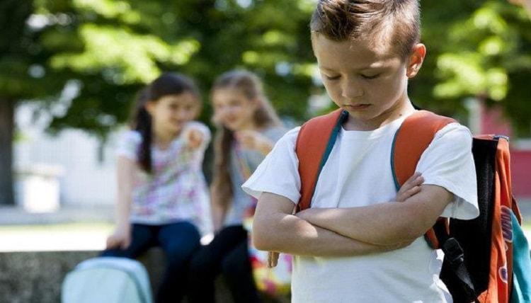Okul fobisi nasıl yenilir